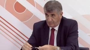 hoxha-po-hetohen-ministra-sekretar-euml-dhe-drejtor-euml-t-euml-qeveris-euml_hd